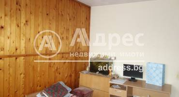 Двустаен апартамент, Разград, Орел, 479558, Снимка 2