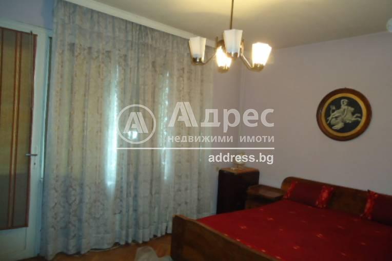 Етаж от къща, Добрич, Център, 309567, Снимка 2