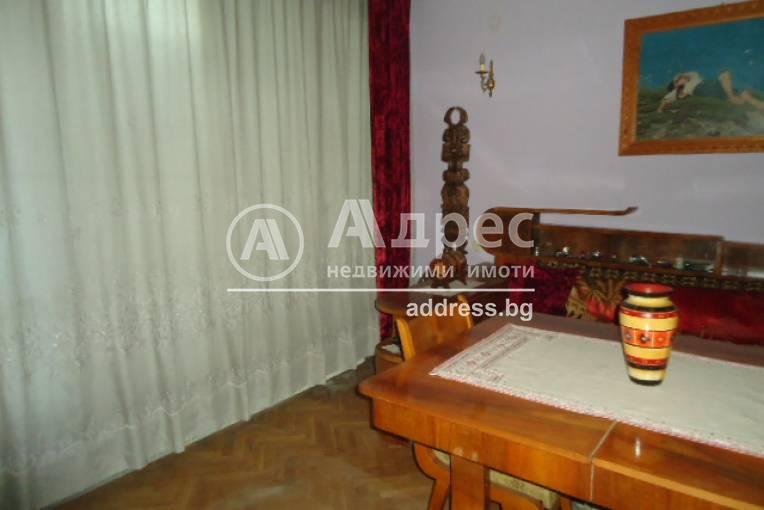 Етаж от къща, Добрич, Център, 309567, Снимка 3