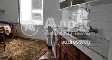 Тристаен апартамент, Благоевград, Широк център, 499573, Снимка 1