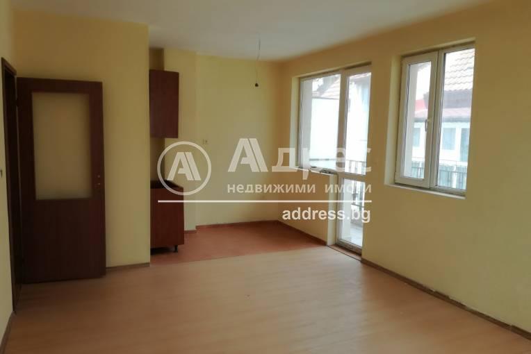 Двустаен апартамент, Варна, Цветен квартал, 152574, Снимка 1