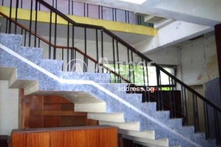 Офис Сграда/Търговски център, Драганово, 24580, Снимка 3