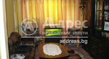 Тристаен апартамент, Каварна, 210582, Снимка 1