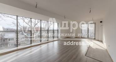 """Тристаен апартамент, Варна, Базар """"Левски"""", 507594, Снимка 1"""