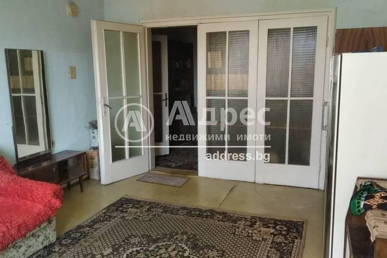 Тристаен апартамент, Димитровград, 473617, Снимка 1