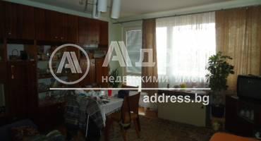 Двустаен апартамент, Добрич, Център, 340643, Снимка 2