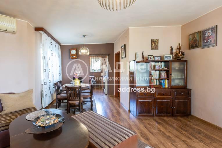 Къща/Вила, Аксаково, ПЗ Аксаково, 477651, Снимка 2