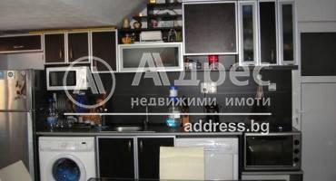 Тристаен апартамент, Благоевград, Широк център, 261656, Снимка 1