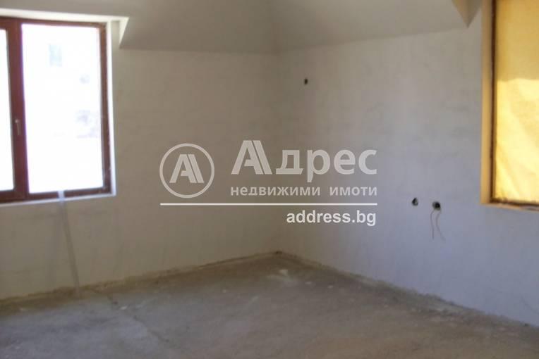 Тристаен апартамент, Благоевград, Орлова чука, 247686, Снимка 2