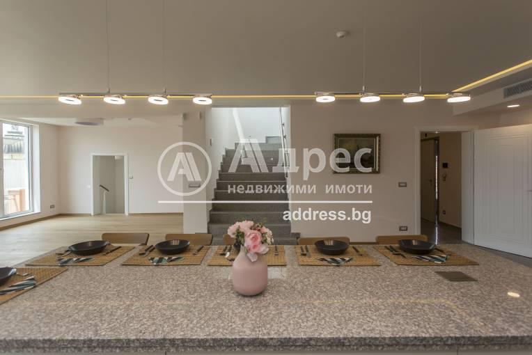 Многостаен апартамент, София, Център, 276690, Снимка 1