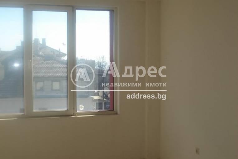 Офис Сграда/Търговски център, Шумен, Военно училище, 297728, Снимка 1