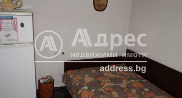 Двустаен апартамент, Разград, Орел, 444734, Снимка 2