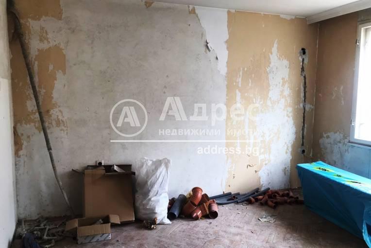 Многостаен апартамент, Благоевград, Широк център, 246737, Снимка 3