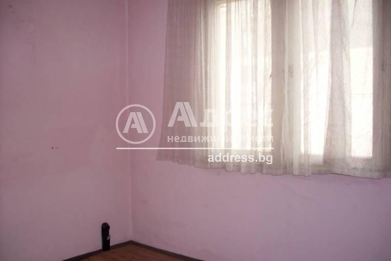 Тристаен апартамент, Благоевград, Широк център, 228745, Снимка 3