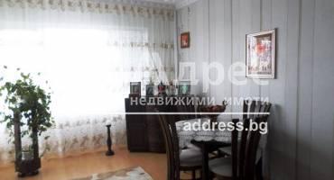 Тристаен апартамент, Каварна, 446787, Снимка 1