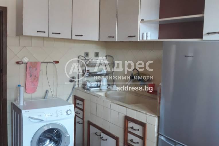 Тристаен апартамент, Благоевград, Широк център, 341795, Снимка 1