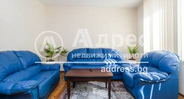 Тристаен апартамент, Варна, Гръцка махала, 460801, Снимка 1