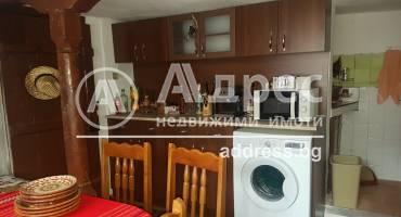 Къща/Вила, Катунище, 509812, Снимка 1