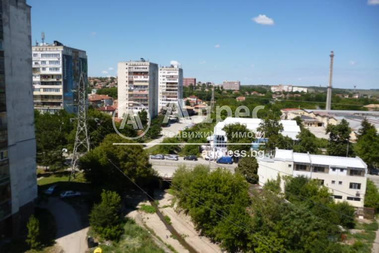 Тристаен апартамент, Добрич, Център, 333815, Снимка 12