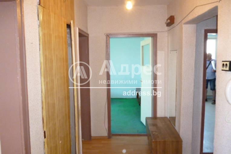 Тристаен апартамент, Добрич, Център, 333815, Снимка 3