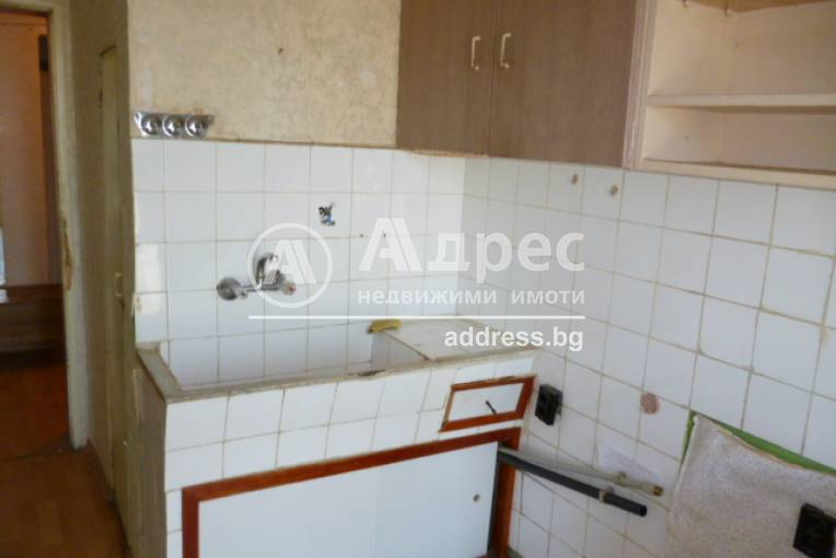 Тристаен апартамент, Добрич, Център, 333815, Снимка 7