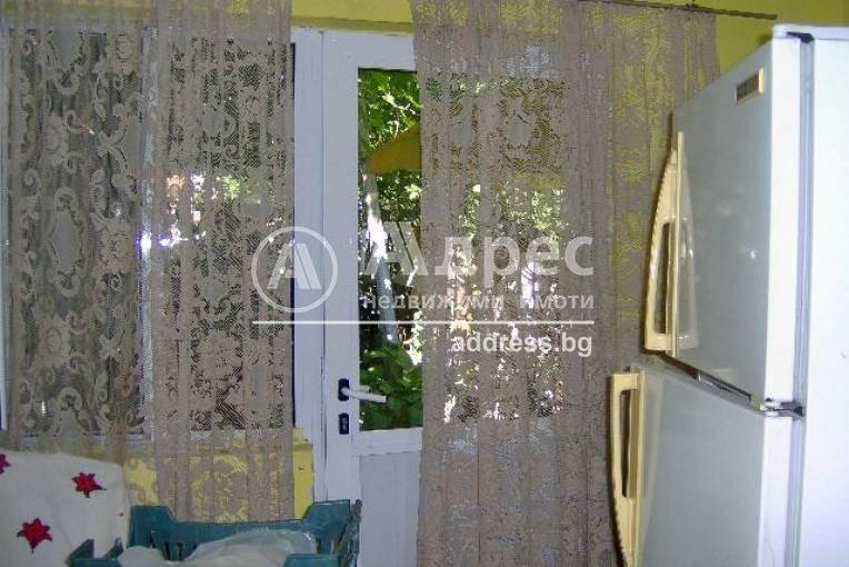 Етаж от къща, Ямбол, Каргон, 95842, Снимка 2