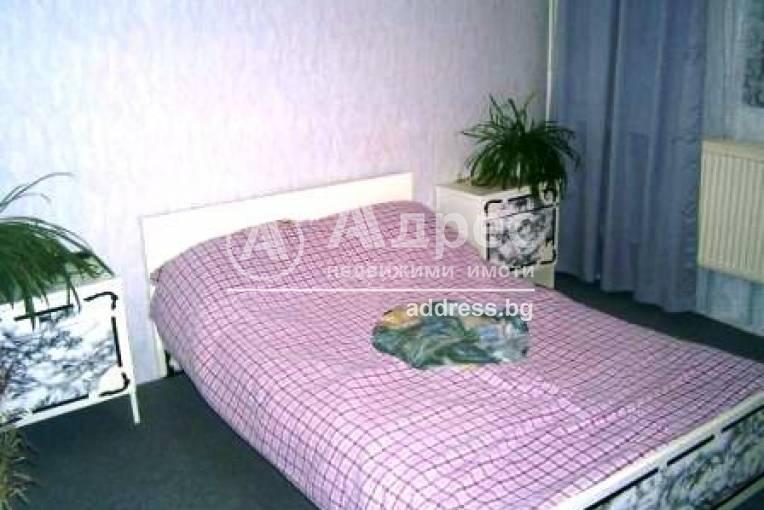 Къща/Вила, Малки чифлик, 5849, Снимка 3