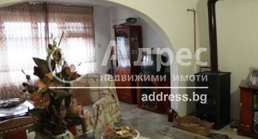 Тристаен апартамент, Ямбол, Каргон, 271852, Снимка 2