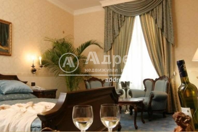 Хотел/Мотел, Варна, Център, 227863, Снимка 1