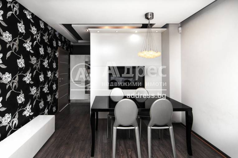 Тристаен апартамент, Варна, Икономически университет, 228864, Снимка 1