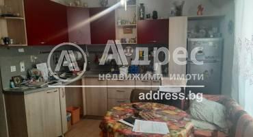 Двустаен апартамент, Варна, Операта, 521882, Снимка 1