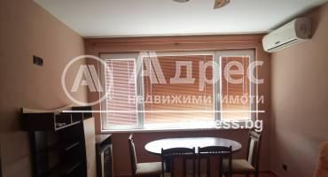 Двустаен апартамент, Добрич, Център, 457895, Снимка 1