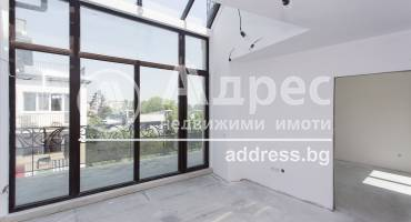 Тристаен апартамент, София, Лозенец, 417903, Снимка 1