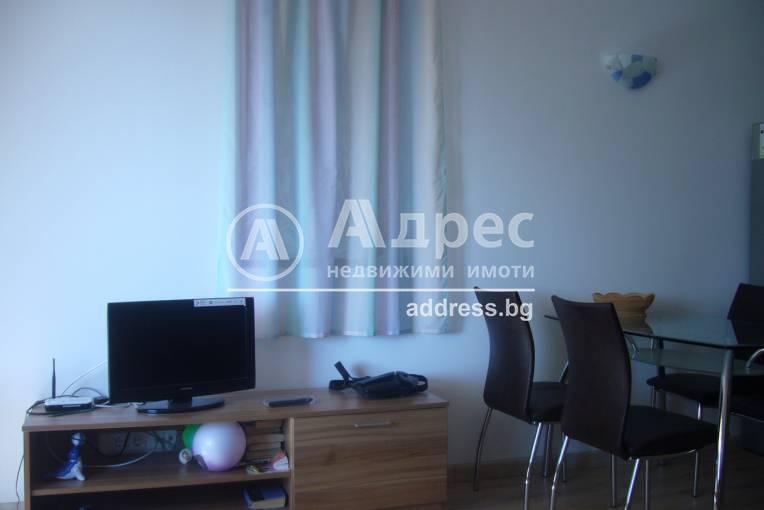 Двустаен апартамент, Балчик, Център, 220910, Снимка 1