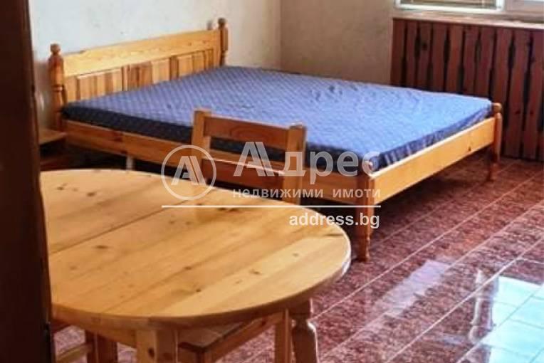 Двустаен апартамент, Каварна, 511910, Снимка 1