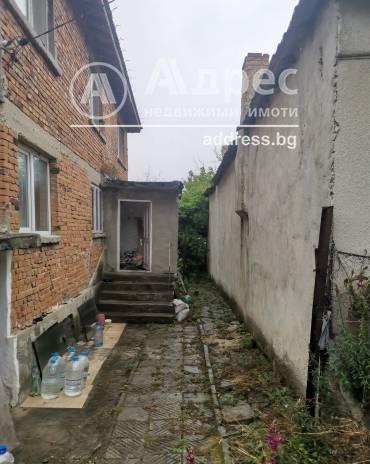 Етаж от къща, Добрич, Рилци, 484928, Снимка 1