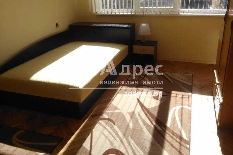 Многостаен апартамент, Горна Оряховица, Града, 449940, Снимка 1