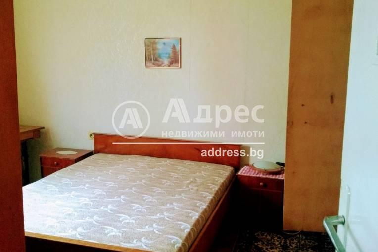 Тристаен апартамент, Благоевград, Широк център, 490963, Снимка 3