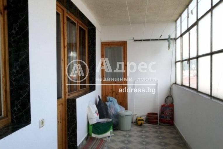 Тристаен апартамент, Благоевград, Освобождение, 51973, Снимка 13