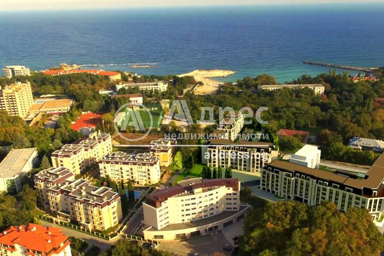 Едностаен апартамент, Варна, к.к. Св.Св. Константин и Елена, 482975, Снимка 1