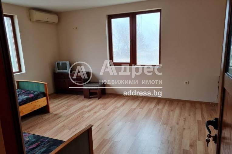 Двустаен апартамент, Каварна, 506996, Снимка 2