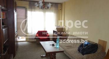 Двустаен апартамент, Разград, Орел, 519997, Снимка 1