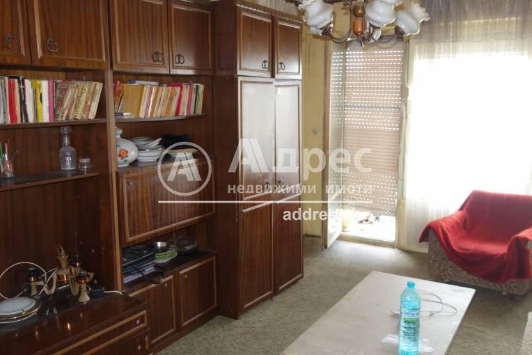 Тристаен апартамент, Разград, Орел, 519997, Снимка 2