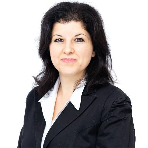 Мая Петкова