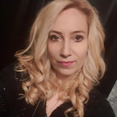 Елена Янкова