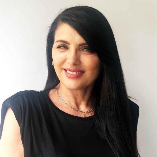 Моника Янкова