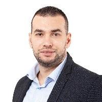 Деян Тонков