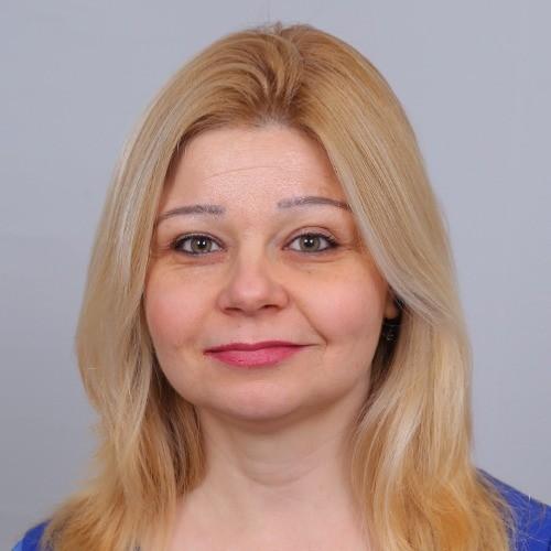 Мая Камберова