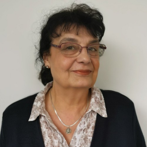 Катя Лазарова